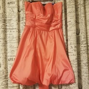 Fun short coral dress!